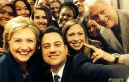 Gia đình cựu Tổng thống Clinton chụp ảnh selfie