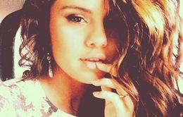 Selena Gomez dễ thương với những hình ảnh đời thường