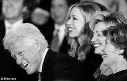 Cựu Tổng thống Bill Clinton lên chức ông ngoại