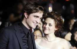 Robert Pattinso vẫn là bạn với Kristen Stewart