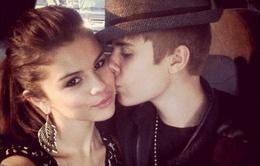 Justin Bieber lại tái hợp với Selena Gomez