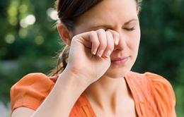 Cách chăm sóc mắt trong những tình huống thường gặp