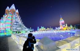 Nghệ sĩ Nga đăng quang tại lễ hội băng đăng Cáp Nhĩ Tân