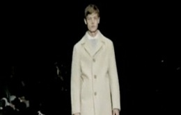 Tuần lễ thời trang Milan: Hướng nội vào trang phục