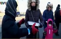 Croatia: Hàng nghìn người vận chuyển sách giúp thư viện