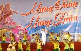 Hơn 100 nghệ sĩ chèo biểu diễn dịp Tết Giáp Ngọ 2014