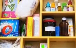 Chuẩn bị tủ thuốc gia đình trong ngày Tết