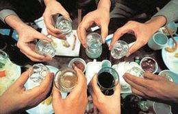 """Những tác hại khi uống """"quá chén"""""""