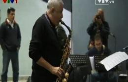Huyền thoại saxophone Cu Ba kỷ niệm 60 năm sự nghiệp