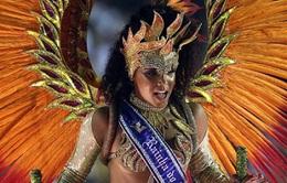 Cô gái khu ổ chuột trở thành Nữ hoàng Carnival tại Rio