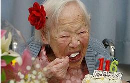 Cụ bà già nhất thế giới bật mí bí quyết trường thọ