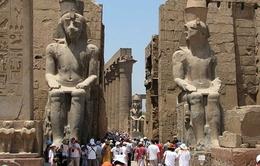 Thành phố cổ Luxor thu hút du khách sau suy thoái