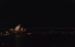 Nhiều nước tắt đèn hưởng ứng Giờ Trái đất 2014