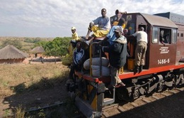 Tàu hỏa trật bánh ở Congo, 63 người thiệt mạng