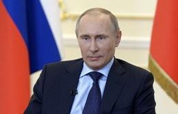 Tổng thống Nga Putin bất ngờ thăm Crimea