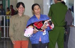 Ba trẻ sơ sinh tử vong tại BVĐK huyện Hướng Hóa do tiêm nhầm thuốc gây mê