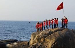 """Ấn tượng bộ ảnh """"Hướng về Biển Đông - Chạm vào Tổ quốc"""""""