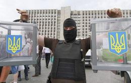 Miền Đông Ukraine bất ổn trước bầu cử