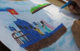 Thiếu nhi Phú Quốc thi vẽ tranh về biển đảo quê hương