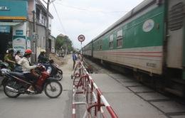Lập lại trật tự hành lang an toàn đường bộ, đường sắt
