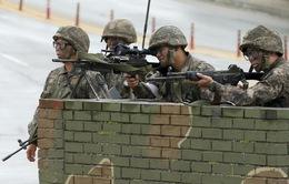 Binh sĩ Hàn Quốc xả súng bắn chết 5 đồng đội