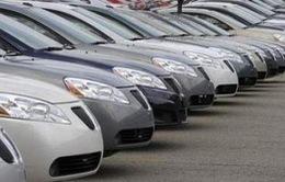 Giá xe ô tô không điều chỉnh tăng theo tỷ giá