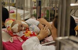 TP.HCM: Quá tải bệnh viện vì trẻ mắc bệnh hô hấp