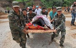 Trung Quốc khẩn trương tiến hành cứu hộ sau thảm họa động đất