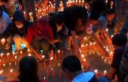 Trung Quốc: Hàng nghìn người tưởng nhớ nạn nhân trận động đất ở Vân Nam