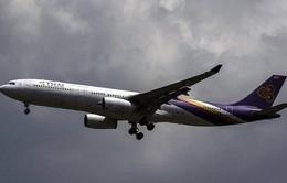 Máy bay Thái Lan phải hạ cánh khẩn vì nứt kính buồng lái