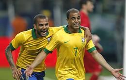 Hạ Pháp 3 – 0, Brazil có bước chạy đà hoàn hảo cho Confed Cup 2013