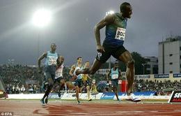 Usain Bolt phá kỷ lục đường chạy 200m