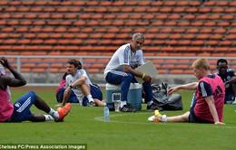"""Mourinho: Không có Sir Alex, tôi là """"Bố già"""" của Premier League"""