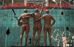 """Manchester United: Chuyện """"quái quỷ"""" gì đang xảy ra tại Old Trafford?"""