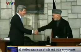 Ngoại trưởng Mỹ bất ngờ thăm Afghanistan