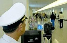 Sân bay Tân Sơn Nhất đặt máy theo dõi thân nhiệt