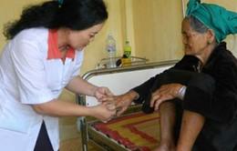 Quảng Ngãi hỗ trợ cho người dân mắc bệnh lạ