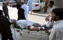 Đánh bom liều chết tại Pakistan, 27 người thiệt mạng