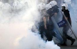 Thổ Nhĩ Kỳ viện đến quân đội đối phó với biểu tình
