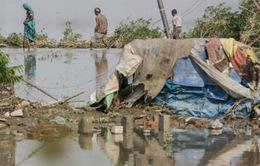 Công tác cứu hộ tại Ấn Độ tiếp tục gặp khó