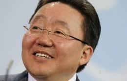 Tổng thống Mông Cổ Elbegdorj tái đắc cử