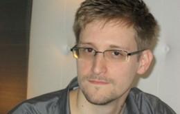Edward Snowden muốn tị nạn tại Nga
