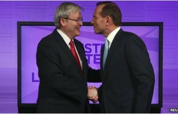 Australia: Tranh luận kịch tính vận động tranh cử
