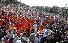 Cảnh sát Campuchia sử dụng lựu đạn cay giải tán người biểu tình