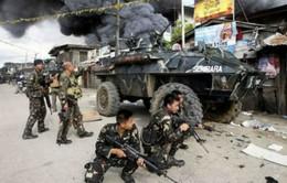 Quân đội Philippines giải cứu 80 con tin từ tay phiến quân
