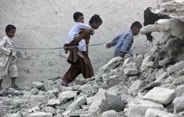 Ít nhất 327 người thiệt mạng vì động đất ở Pakistan
