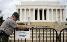 Gần 1 triệu công chức liên bang Mỹ có thể phải nghỉ việc