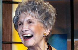 Nữ nhà văn Canada đoạt Nobel Văn học 2013
