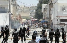 Tunisia gia hạn tình trạng khẩn cấp thêm 8 tháng