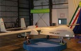 Iran ra mắt máy bay không người lái mới